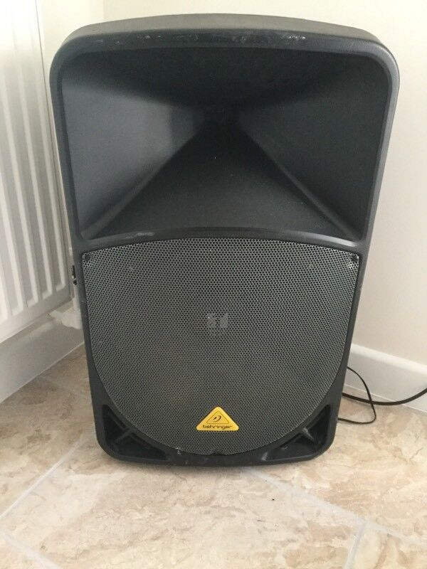 Behringer B215d 1000w active speaker / pa