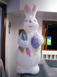 TPI PAINTER EGG EASTER BUNNY BLOWMOLD LIGHT UP OUTDOOR