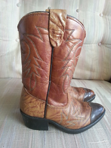 Child size cowboy boots made in Texas