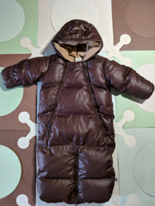 2 baby snowsuits/ bunting lot 6-12M