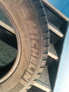 4 Pneus Michelin 225/65 R17