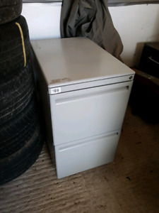 Top quality lockable file cabinet on casters with lock.