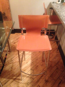 Pair of new, bar height leather stools! Cambridge Kitchener Area image 3