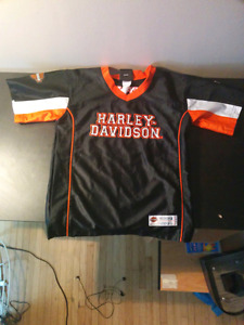 Young mans Jersey an it's a Harley Davidson Jersey.