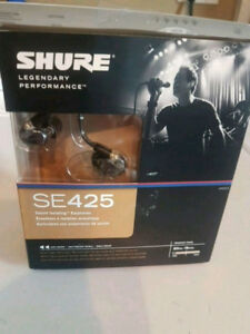 Shure SE425 In ear monitors