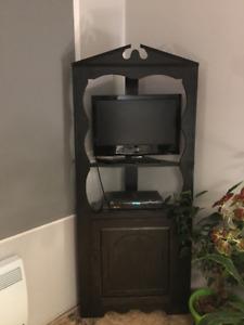 meuble en bois /étagère rangement en coin / ou meuble tv /en pin