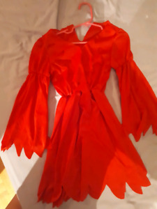 Robe rouge de diable