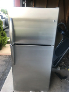 3 yrs Whirlpool stainless steel fridge for sale 66h 30w 32d