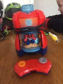 Transformers Rescue Bots Beam Box System, connects to tv, Optimus Prime character