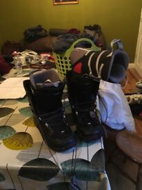 Snow board boots size 14