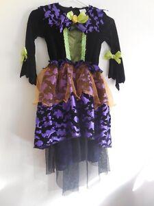 Vampire girl costume just $15 Size 7-8
