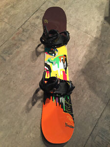 NEW Women's 145 Burton Snowboard With Burton Bindings