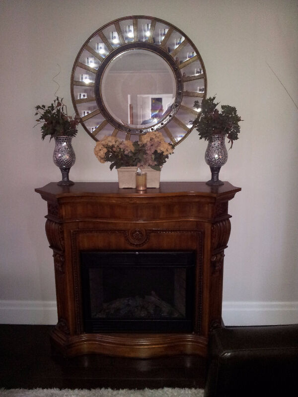 Twin Star Electric Fireplace Cherry Mantel Model 28e05 Other