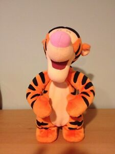 "Disney Winnie the Pooh Bouncing Talking TIGGER Plush 12"" West Island Greater Montréal image 1"