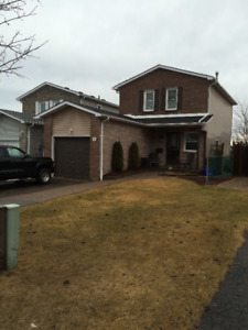 1 Bedroom Bachelor Apartment For Rent in Courtice.