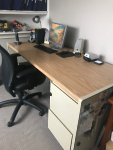 FREE Office Desk!  Great Condition!