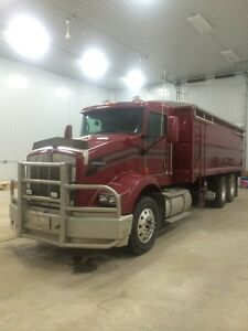 '08 Kenworth T800 Grain Truck