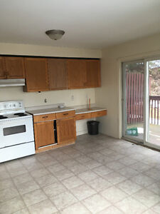 Beautiful 3 Bedrooms Townhouse Near MSVU + Hfx ShoppingCenter