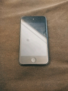 16gb 4th Generation iPod Touch in Black