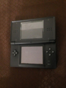 Nintendo DS With Charger, 8 Games And Action Replay Pack
