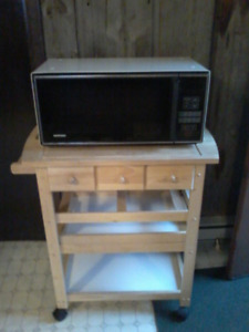 Hot Point Microwave and Kitchen cart