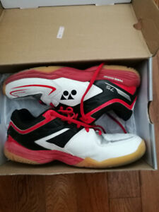 Yonex all court shoes. Mens 8.5. Womens 10. Retail over $100.