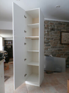PANTRY CABINET - REDUCED