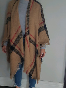 """NEW """"BURBERRY"""" PATTERNED SHALL/WRAP $75.00 Non Smoker"""