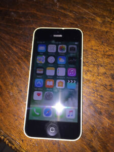 Unlocked 32GB Yellow iPhone 5c