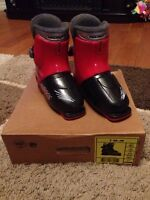 Youth ski boots size 19.5