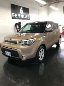 2016 Kia Soul LX - Great Condition, stored indoors, warranty!!