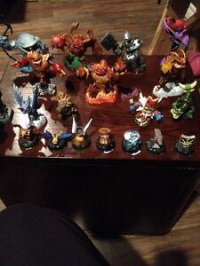 Skylander and Giants plus Extras!! X Box 360
