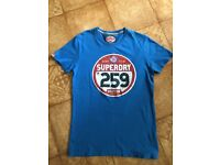 Superdry mens tshirt size small. Perfect Christmas gift!