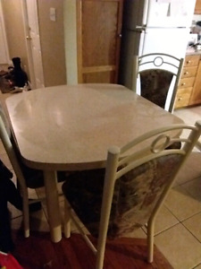 New price kitchen table 4 chairs