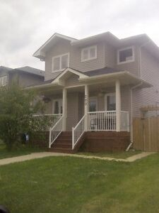 Beautiful Timberlea Home for Rent- Furnished/Everything Included