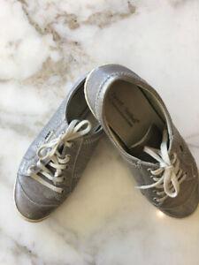 Sneakers Josef Seibel- The European Comfort Shoe