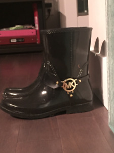 MICHAEL KORS  RAIN BOOTS  - BLACK with GOLD