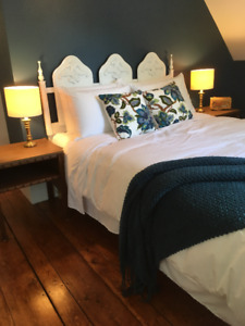 Large beautiful room for rent in Lunenburg