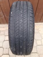 One P 215/55/R17 AllSeason Michelin Primacy MXV4 -Nearly New