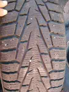 4 pneus d'hiver Nokian Hakkapellitta comme neufs !!!