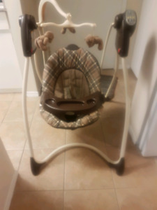 Graco swing in excellent condition$$ Reduced
