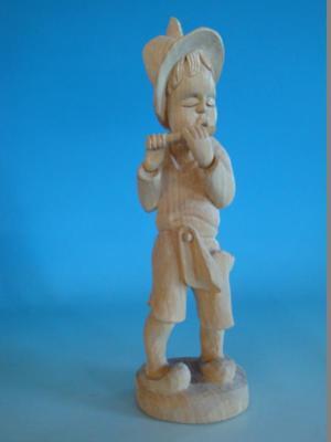 RS0817-088: Figur Junge mit Flöte Holz