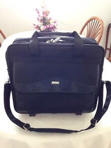 New Buxton Briefcase (Deep River)