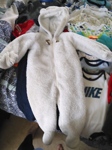 Lot of Baby boy clothes 6-12 months