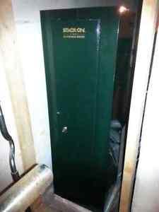 Stack on gun locker