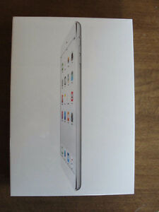 NEW unused Apple iPad mini 2 ME279LL/A 16GB Wi-Fi Silver