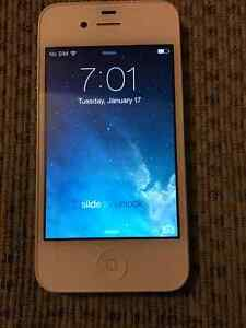 IPHONE 4S, 16GB, EXCELLENT CONDITION, TELUS NETWORK