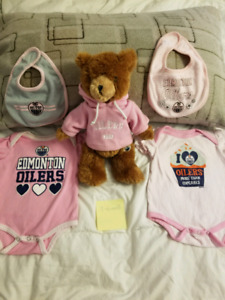 Oilers Baby girl 3-6 month lot