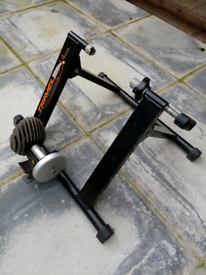Fluid cycle trainer