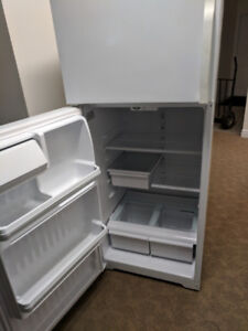 "27"" White GE Fridge"
